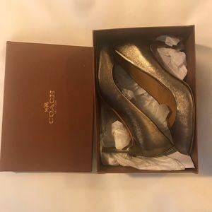 GUC Coach Bronze Shoes